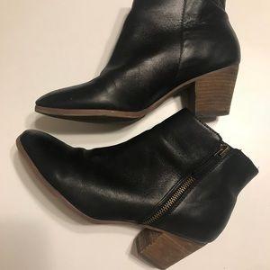 Crown Vintage Black Booties